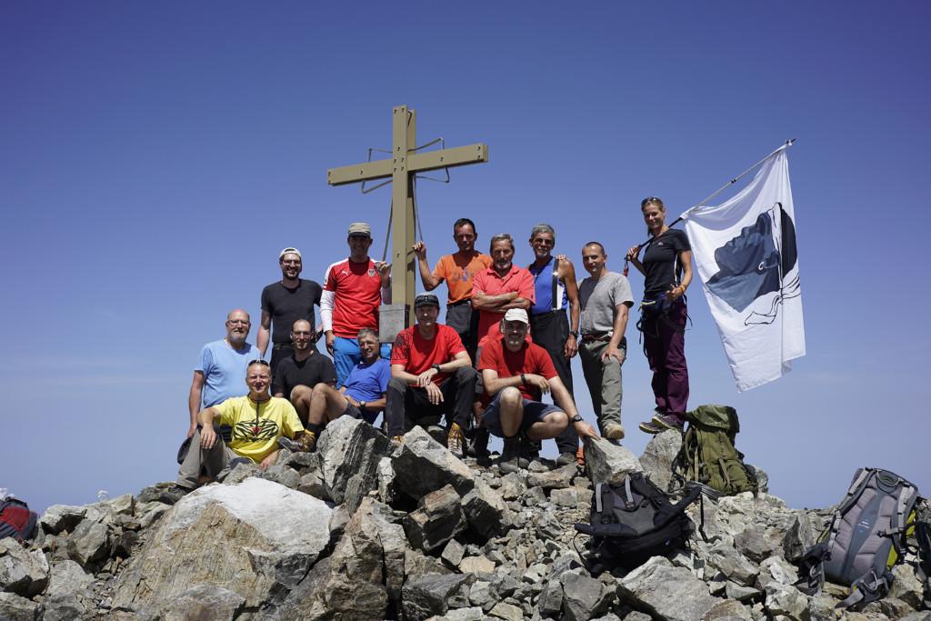 Neues Gipfelkreuz für die Punta Minuta – ein Bericht aus dem Rundbrief 2016