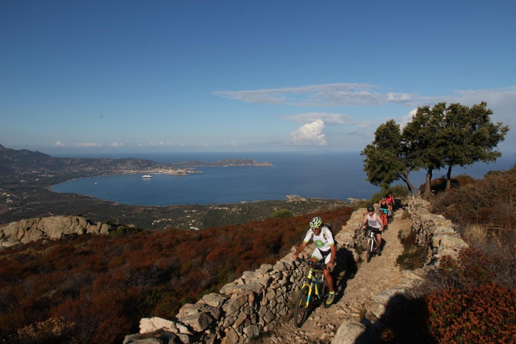 Echte Mountainbiker aufgepasst: Anspruchsvolle MTB-E-Bike-Tour im Hinterland der Balagne!