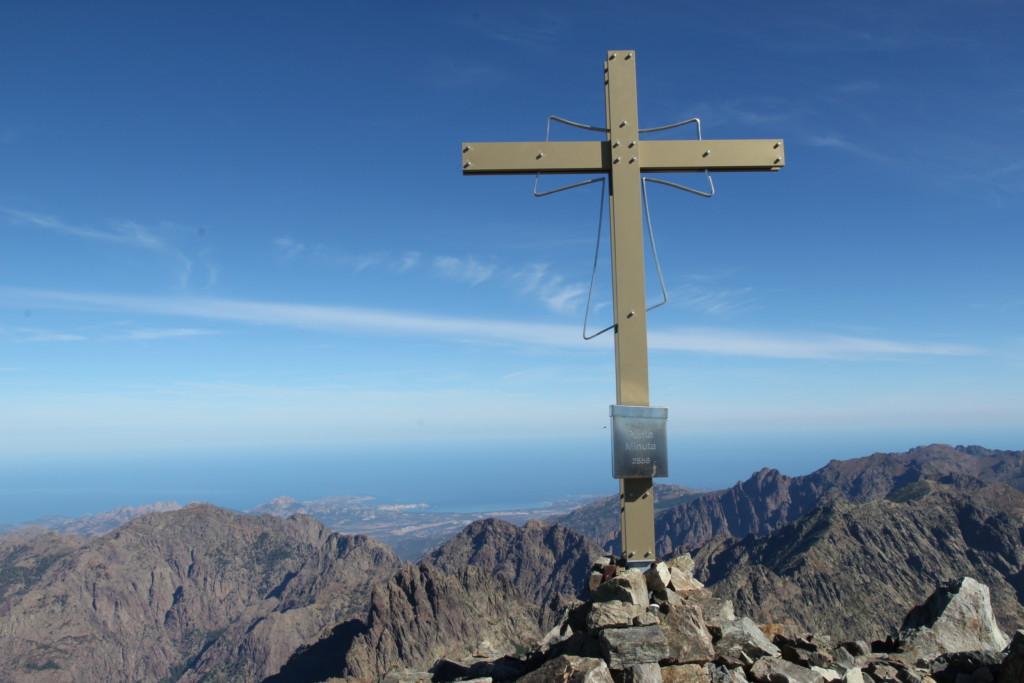 Gipfelkreuzweihe Punta Minuta – ein Bericht aus dem Rundbrief 2016
