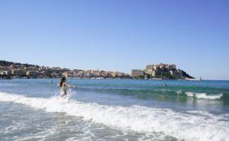calvi-strand-baden